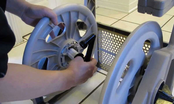 garden-hose-reel-repair